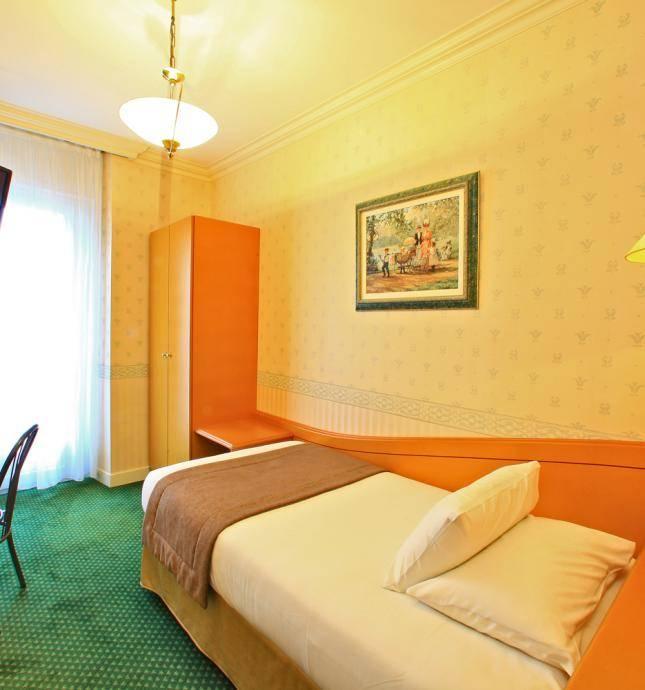 chambre confort hotel lourdes